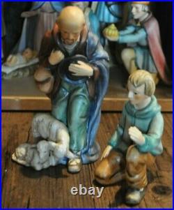20-Pc GOEBEL HUMMEL Nativity Set Includes Large Creche 3 Camels