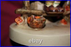 Collectible Just Resting Goebel Hummel Figurine Lamp 2/112/1 Nursery Lamp