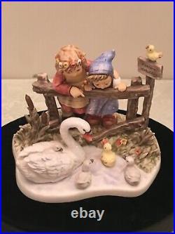 Forever Friends Hummel (Large Figurine)