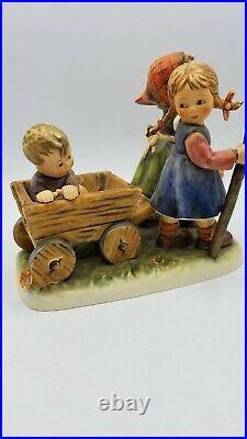 Goebel Hummel Collectable Figurine Love's Bounty #004