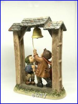 Goebel Hummel LET'S TELL THE WORLD Figurine #487 LARGE
