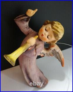 Goebel Hummel NATIVITY FLYING ANGEL #366 ORNAMENT FIGURINE TRUMPET 3 3/4