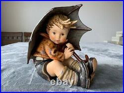 Goebel Hummel Umbrella Boy #152/A/II TMK 7