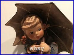 Goebel Hummel Umbrella Girl 152A & Umbrella Boy 152B 1957 EXTREMELY RARE