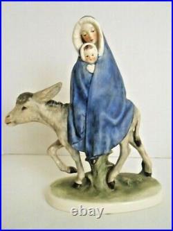 Goebel Robson FLIGHT INTO EGYPT Nativity Figures Mary Jesus Joseph Angel & Plate