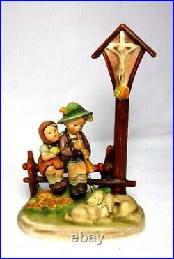 HUMMEL Goebel Figurine #28/2 WAYSIDE DEVOTION Trademarks 1 & 2 7-5/8 crazing