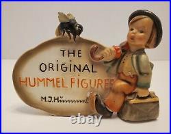 HUMMEL PLAQUE VERY RARE GOEBEL Figure Germany Bee & Child Vintage
