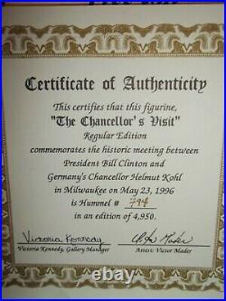 HummelLATEST NEWS#184Spec. EdChancellor's Visit w Pres ClintonWood BaseNIB