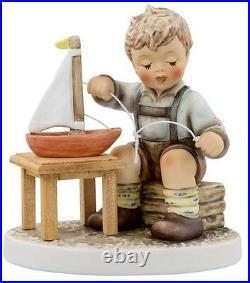 Hummel #2355 little skipper 4.25 $349 nib
