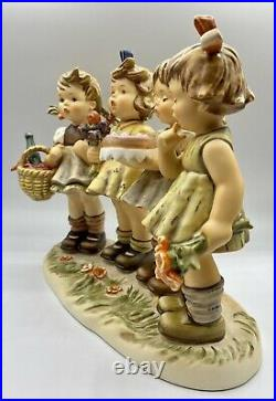 Hummel #600 We Wish You The Best ANE 147 Century Collection 1991 8 1/8tall