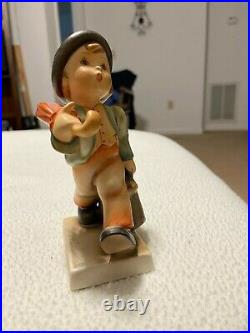 Hummel Figurine 6 Merry Wanderer from the 50s