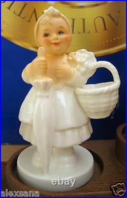 Hummel Figurine ON HOLIDAY PROGRESSION SET HUM #350 TMK8 Goebel LE196 NIB