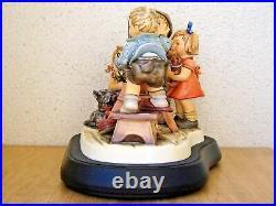 Hummel Figurine PICTURE PERFECT HUM #2100 25th ANNIVERSARY Goebel LE NIB W561
