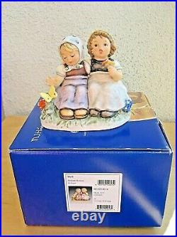 Hummel Figurine PLEASANT MOMENT HUM 425 TMK8 Goebel FIRST ISSUE MIB D333