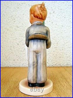 Hummel Figurine WAITER HUM 154 TMK1 CROWN MARK / FULL BEE Goebel MINT C324