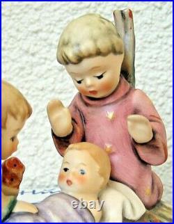 Hummel Figurine WE COME IN PEACE HUM 754 TMK7 Goebel Germany UNICEF MIB N751