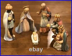 Hummel Goebel Christmas Nativity Set Of 19 Figurines Excellent Condition