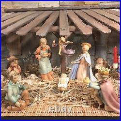 Hummel Goebel Christmas Nativity Set Of 19 Pieces With Vintage Crèche/Manger