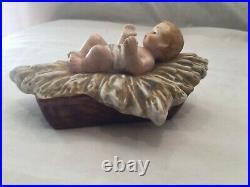 Hummel Goebel Skrobek Nativity Baby Jesus 1980 5 long, 46 003 05