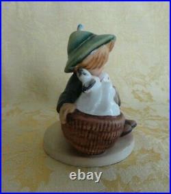 Hummel Goebel West Germany Figurine Playmates # 58/0 TMK1