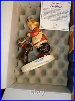 Hummel Puppy Pause Figurine #2032 withBox Disney Goebel Celebration withMedallion