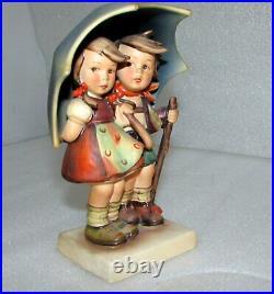 Hummel Stormy Weather Boy & Girl Figurine #71 Tmk 1 Crown Mark