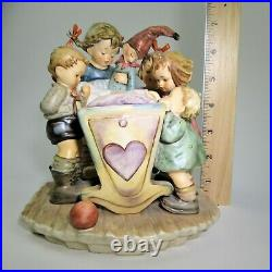 MINT Hummel ROCK A BYE #574 CENTURY COLLECTION Children Baby Crib TMK7 Goebel