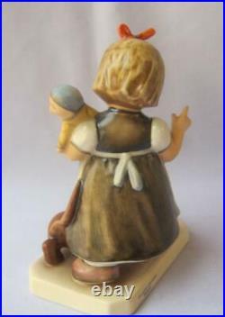 M I Hummel Goebel BEHAVE Porcelain Figurine Germany Mold 339 WIR GEHEN SPAZIEREN