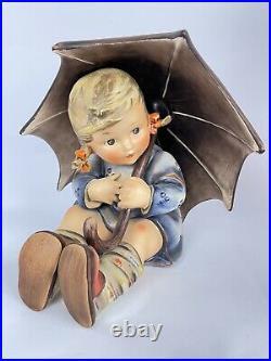 Rare Vintage Hummel Goebel Umbrella Boy and Girl Pair 152/A &152/B 8 Tall