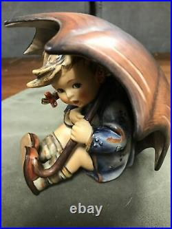 Vintage Germany Hummel Goebel Umbrella Girl figurine # 152/ 0B