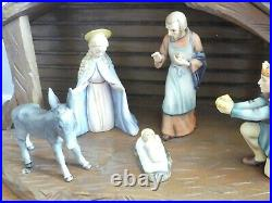 Vintage Goebel Hummel 10 Piece 214 Nativity Figurine Set with stable & 6 boxes