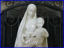 Vintage Goebel Hummel Ivory Cloak Madonna Holding Child 151 13 Figurine TMK-5