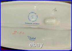 With Box 1976 Goebel Hummel Porcelain Figurine Pleasant Journey #406 Century